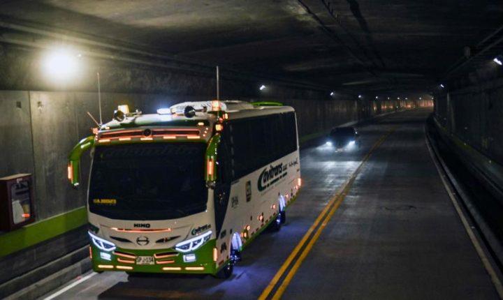 Más carros de los esperados circularon por el Túnel de Oriente
