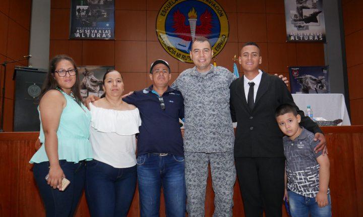 Con orgullo y satisfacción soldados culminaron su servicio militar en Cali