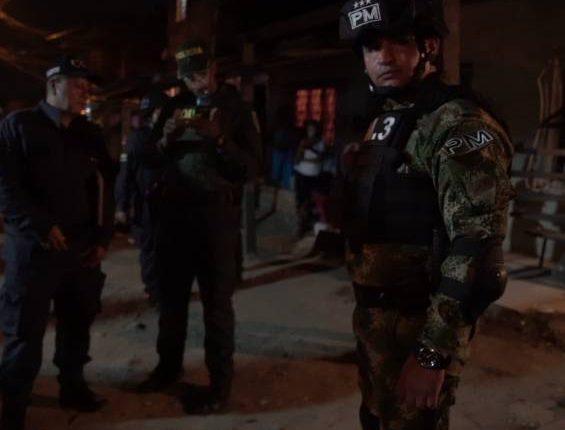 21 CAPTURADOS EN OPERATIVO DE POLICÍA Y EJÉRCITO EN EL ORIENTE DE CALI