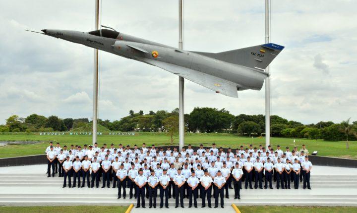 Fuerza Aérea de Chile visita la Escuela Militar de Aviación en Cali