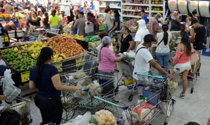 Anuncian sanciones para quienes acaparen alimentos y productos durante cuarentena